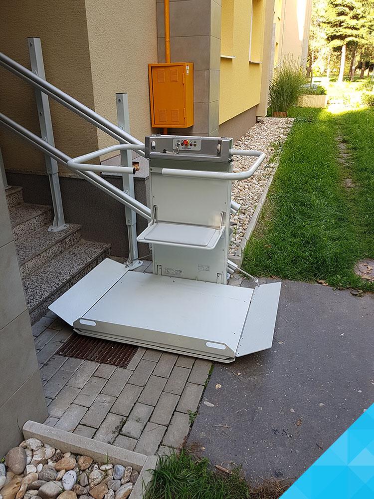 Šikmá schodisková plošina Logic