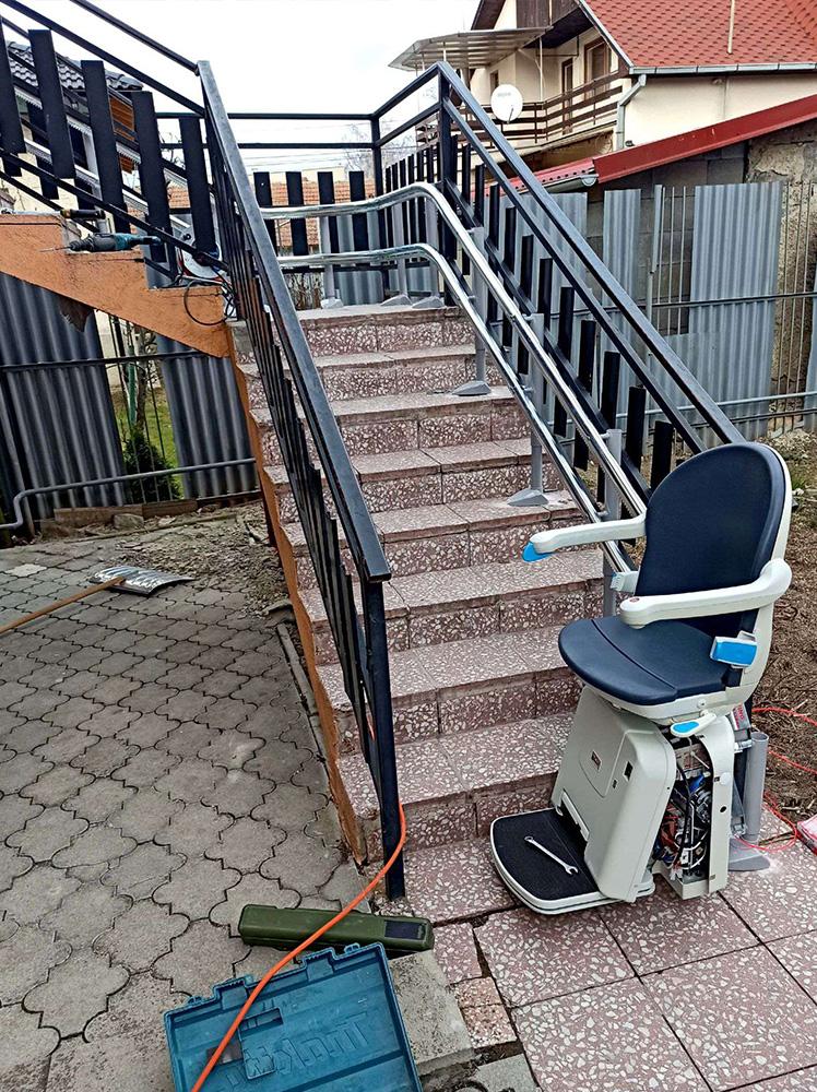 Minivator 2000 - Stoličkový výťah na schody